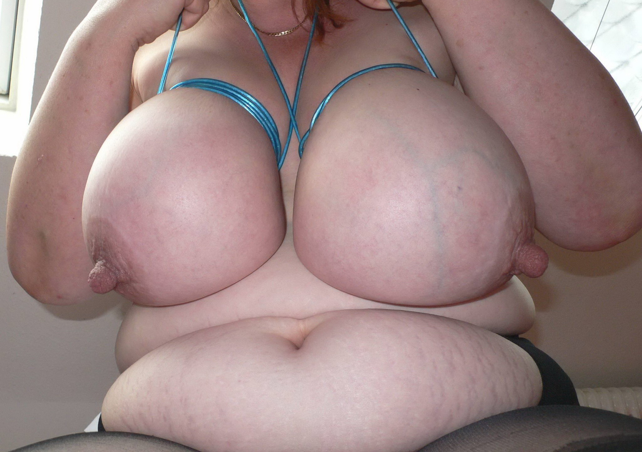 Толстушка с большими сосками смотреть 7 фотография