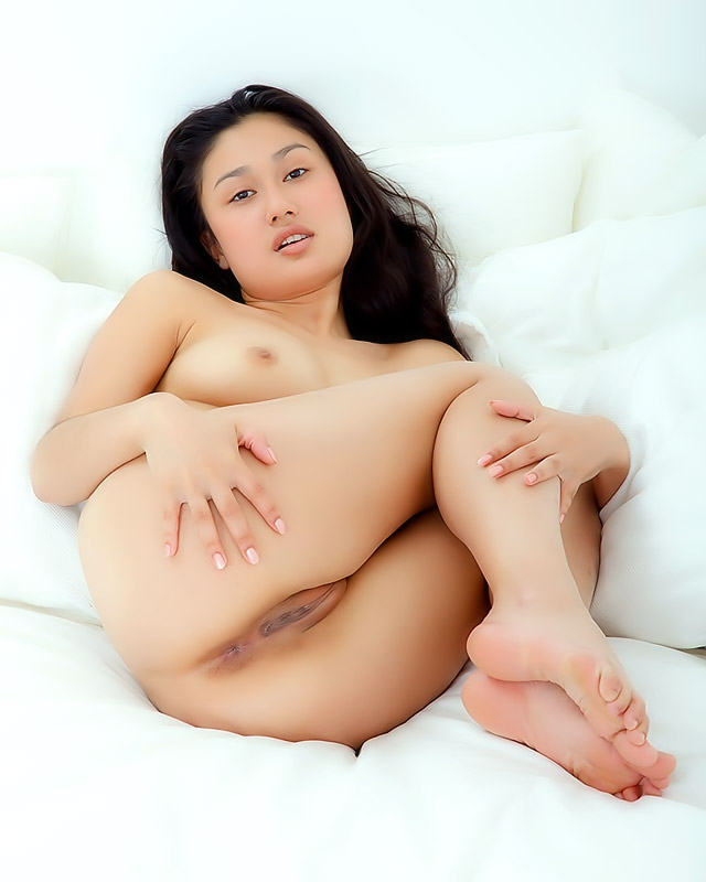 asian pussy pics girl nice shaved pussy asian really exotic looking