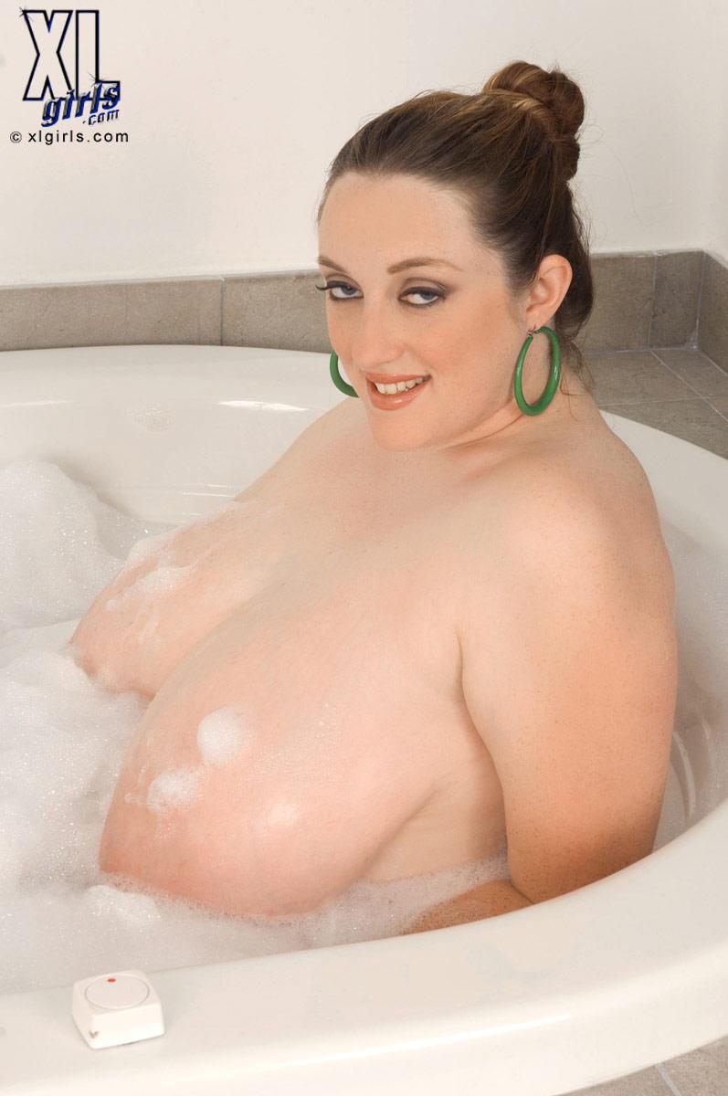 Chubby tits sexy women