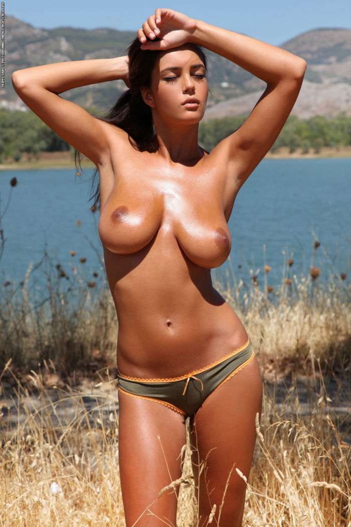 hot amatuer perfect boobs