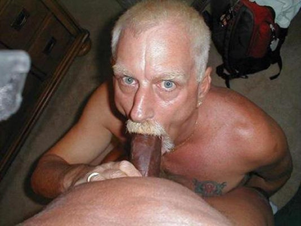 Old guys sucking cock