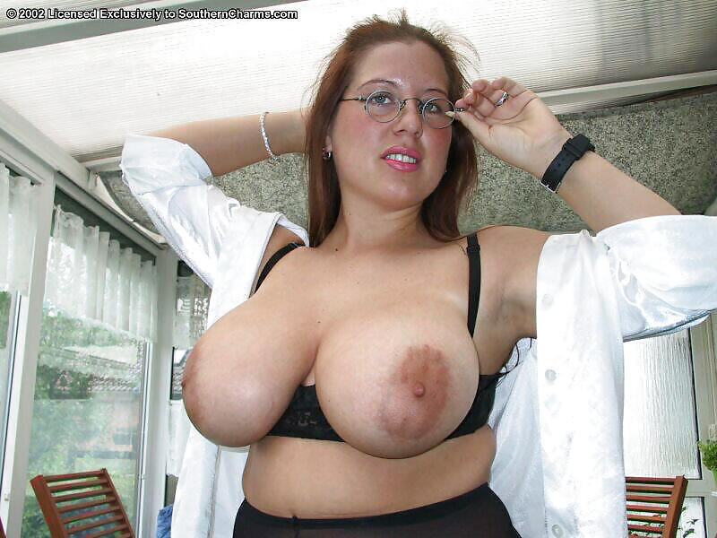 Big Tits Nipple Pic Porn Little Love Brown Torpedo