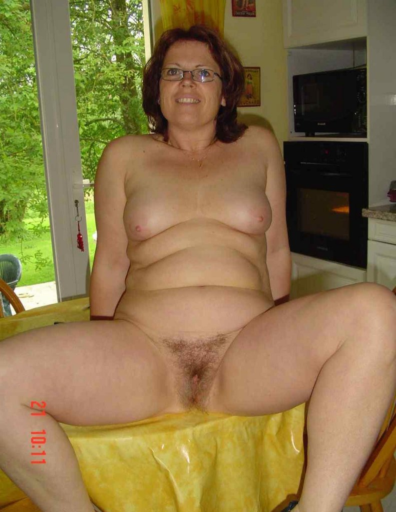Have Mature bbw nudist pics and too