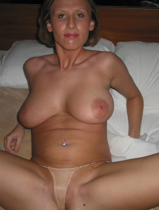 Sexy beautiful older wife exhibitionist thumbnails