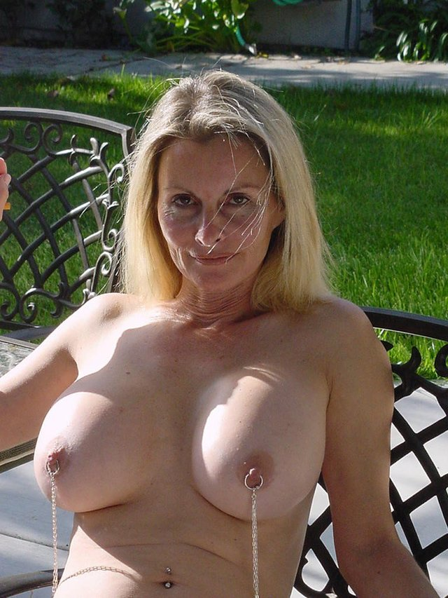 Naked matures pics
