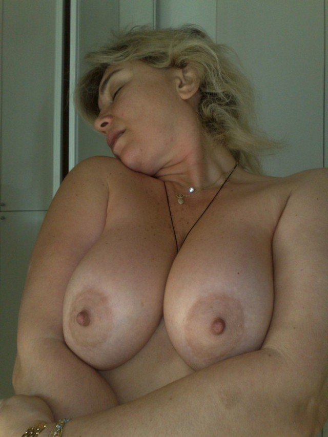 girls with big knockers pics pin eea cfdbcc