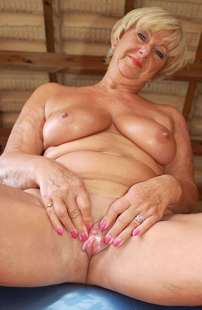 Variant Nude pictures of gramdmas there