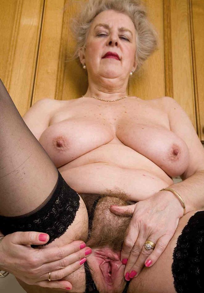 Granny Nudes Image