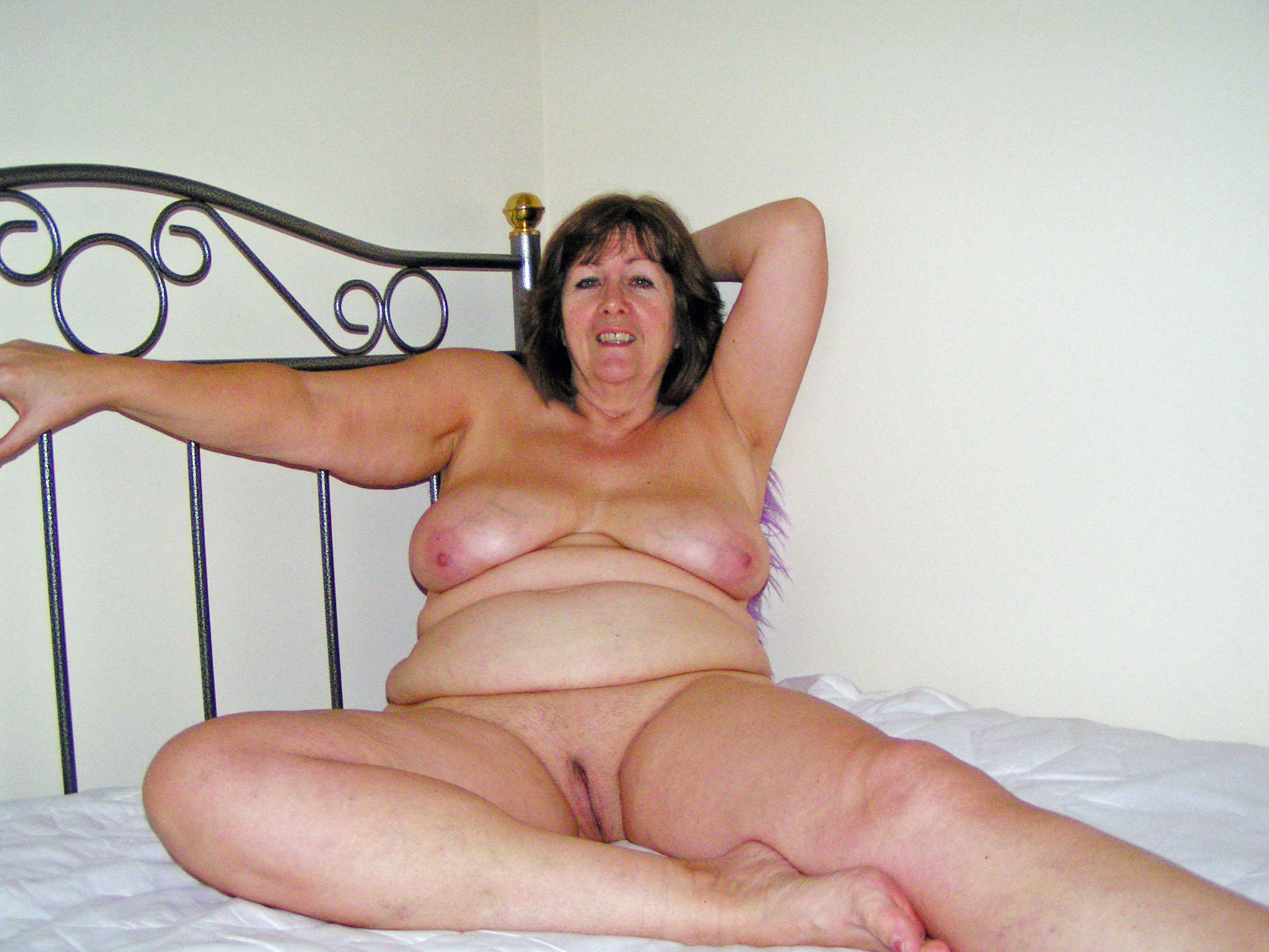 mature thick nudist