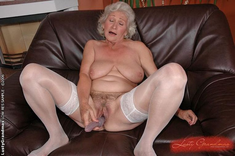 old womans fannys naked