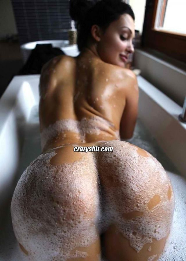 hot chicks ass pics pics hot ass that can wash soapy cnt