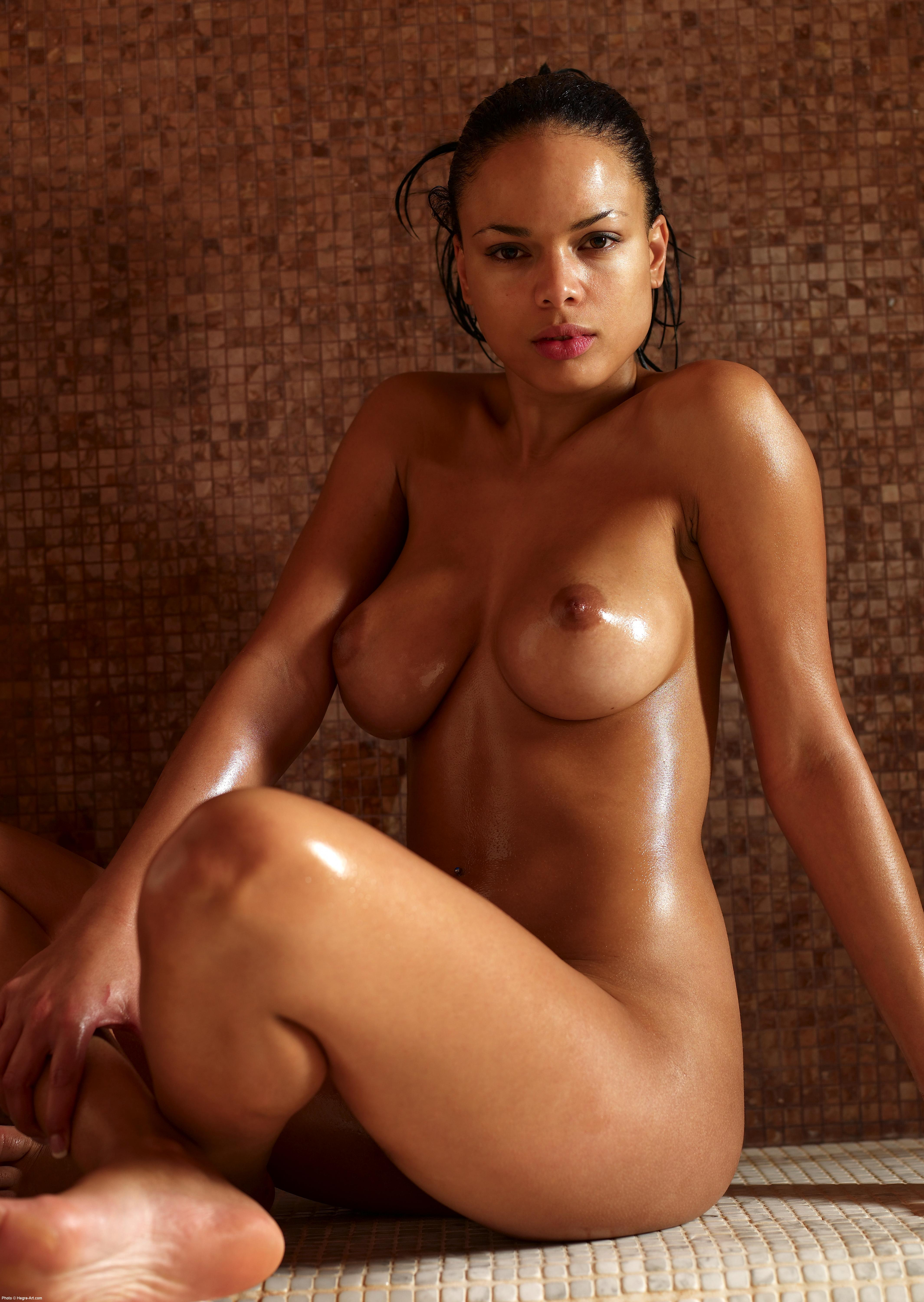 Hot nude chilean girl