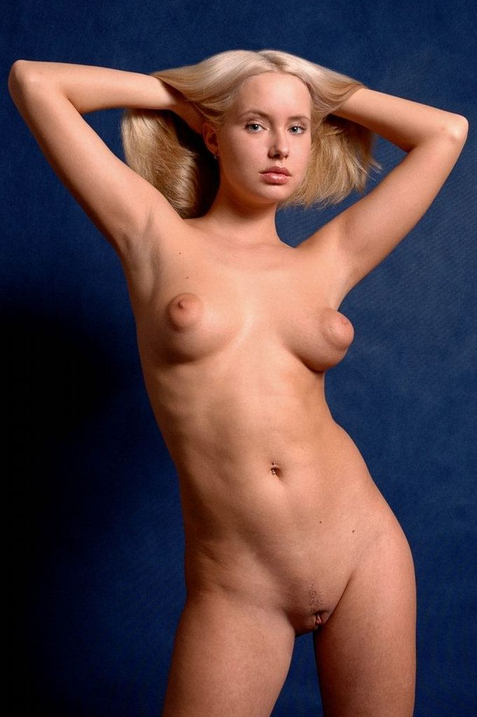 naked big nipple girls