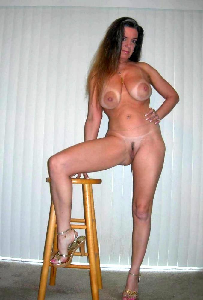 фото голая красивая тетя