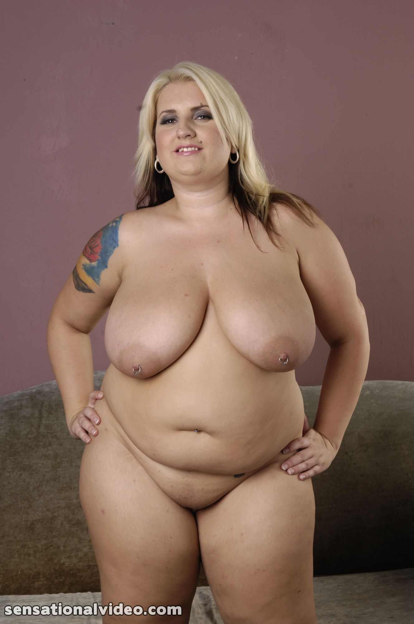 Fat Nudes Masterbaiting 116