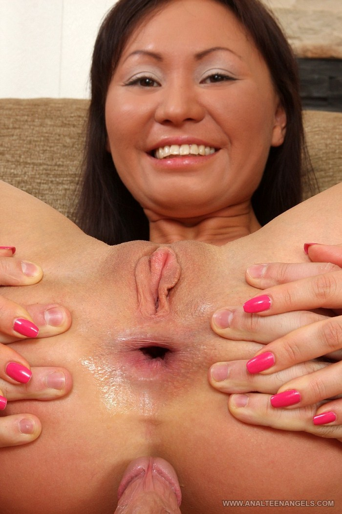 fotogallery cheerful porn lady