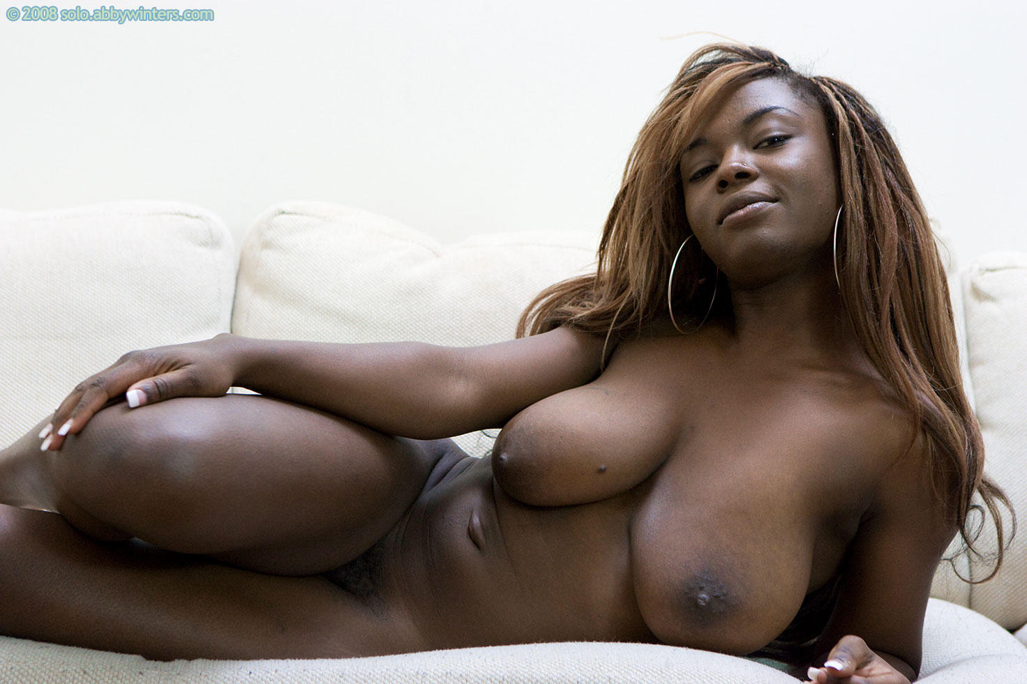 Pretty sexy naked Black model found site