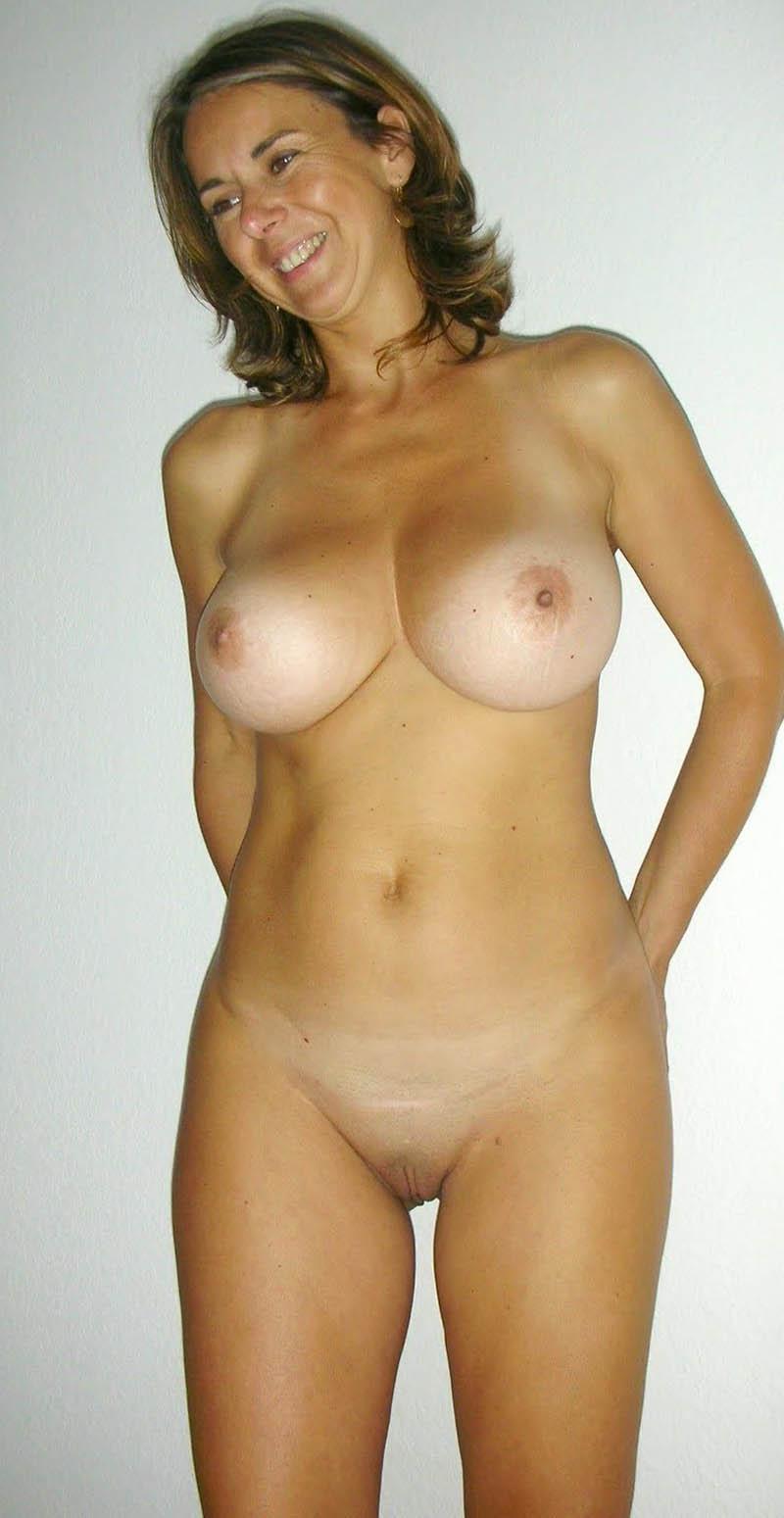 sexy hot nude girls dancing