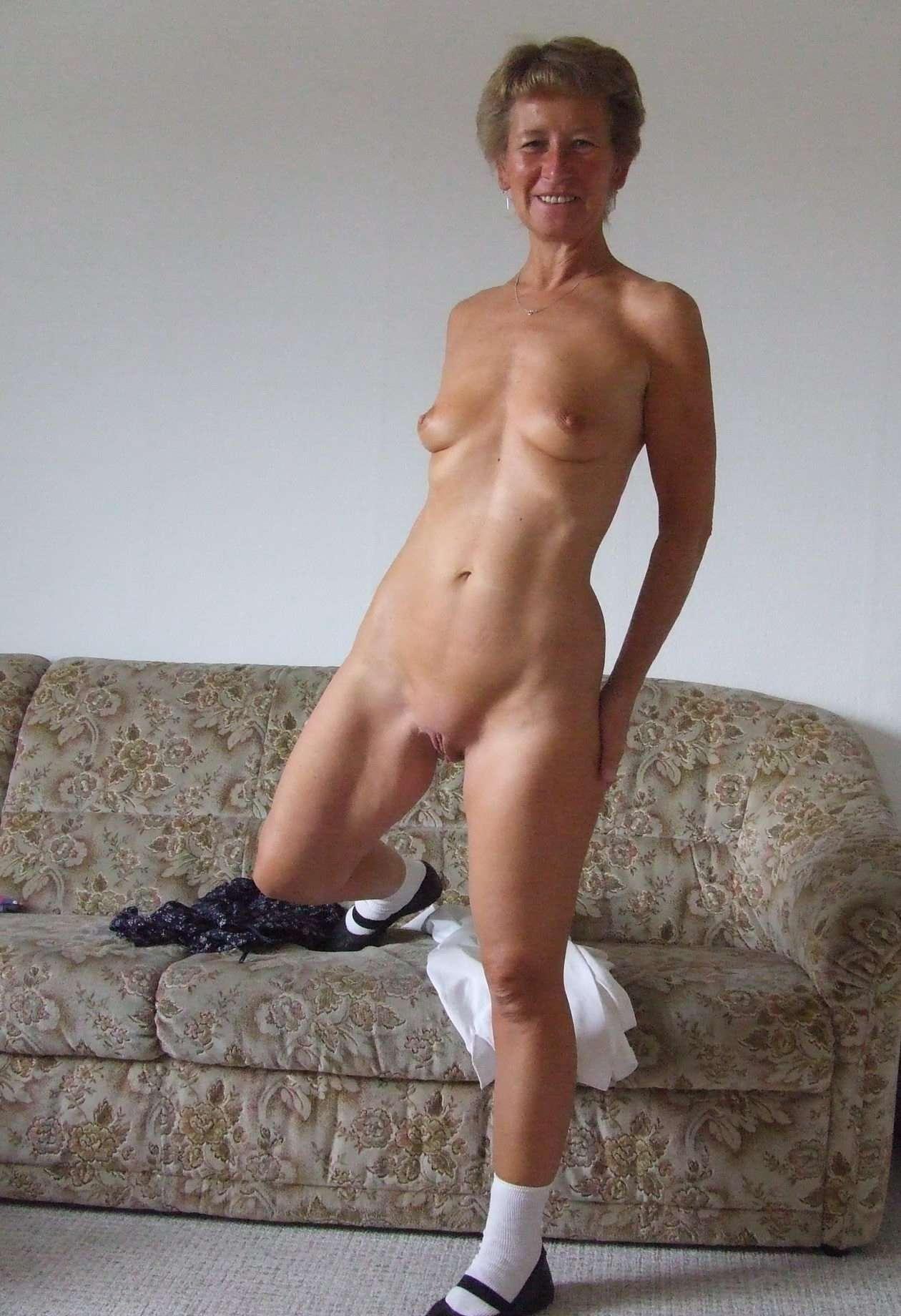 Granny nude hot Granny Nude