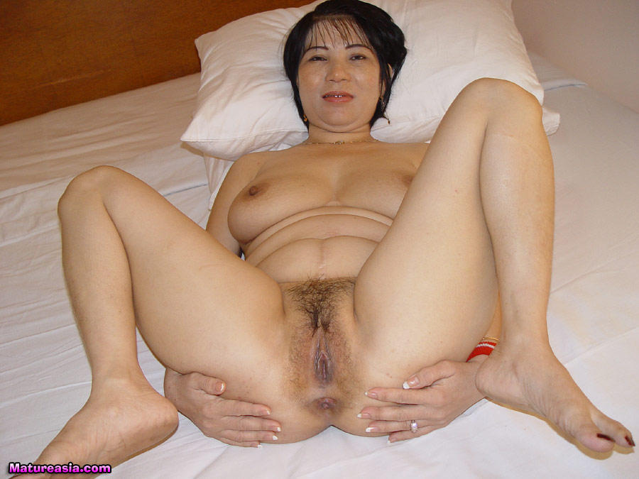 Matures chinese nude