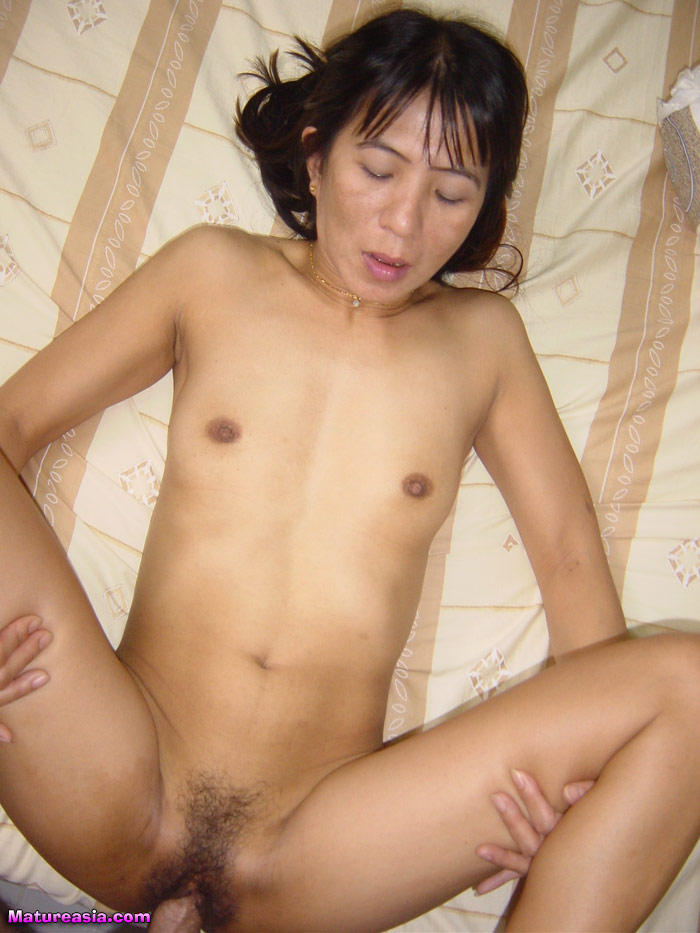 Shaved black pussyfucking