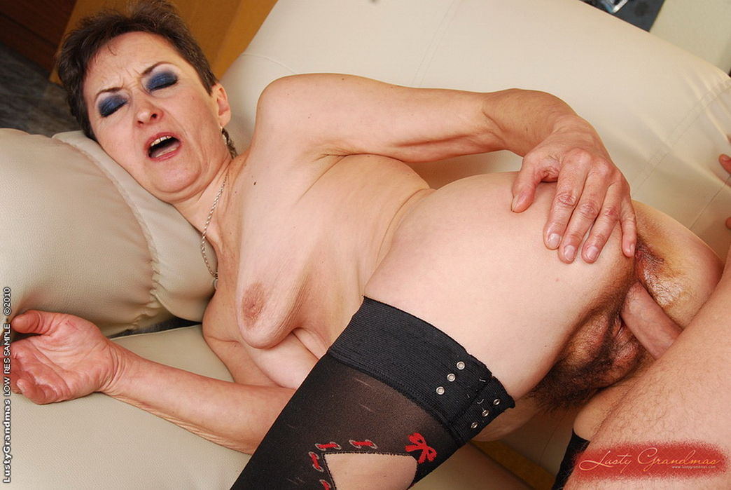 Porn pic of older woman