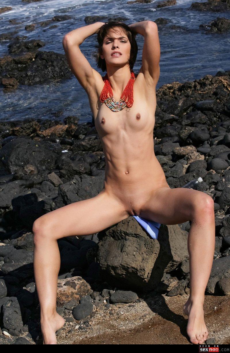 nude full hd women