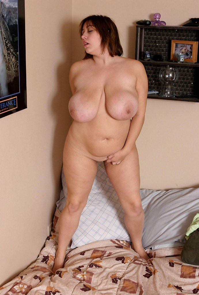 Fat middle aged women nude