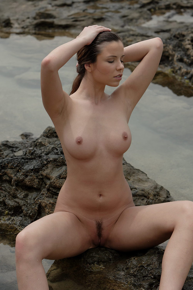 Amazing natural nude women tumblr apologise