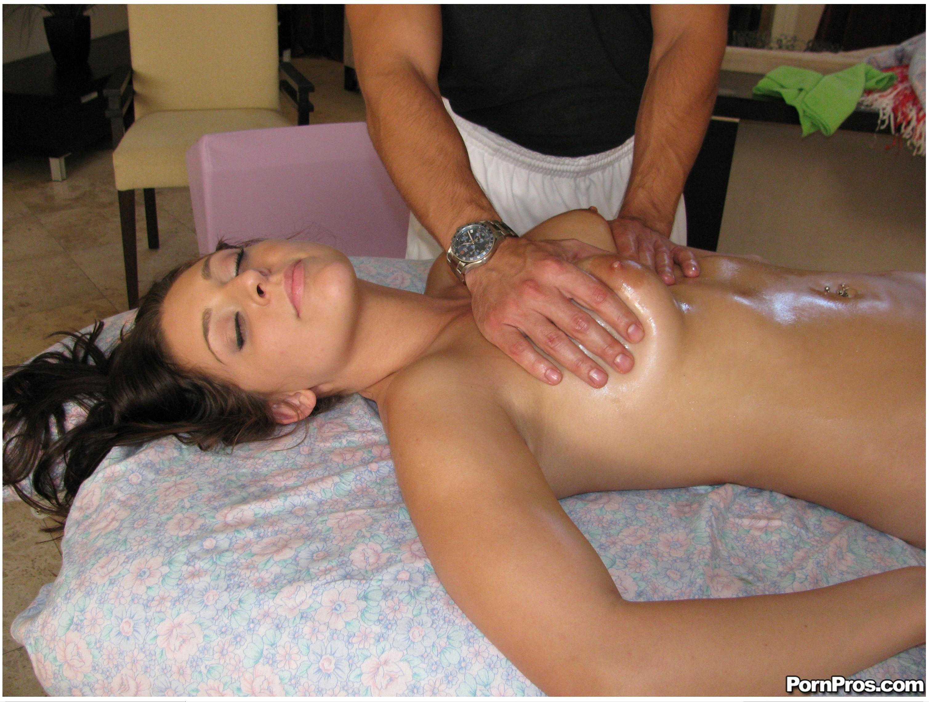 Смотреть порно онлайн интимный массаж 20 фотография
