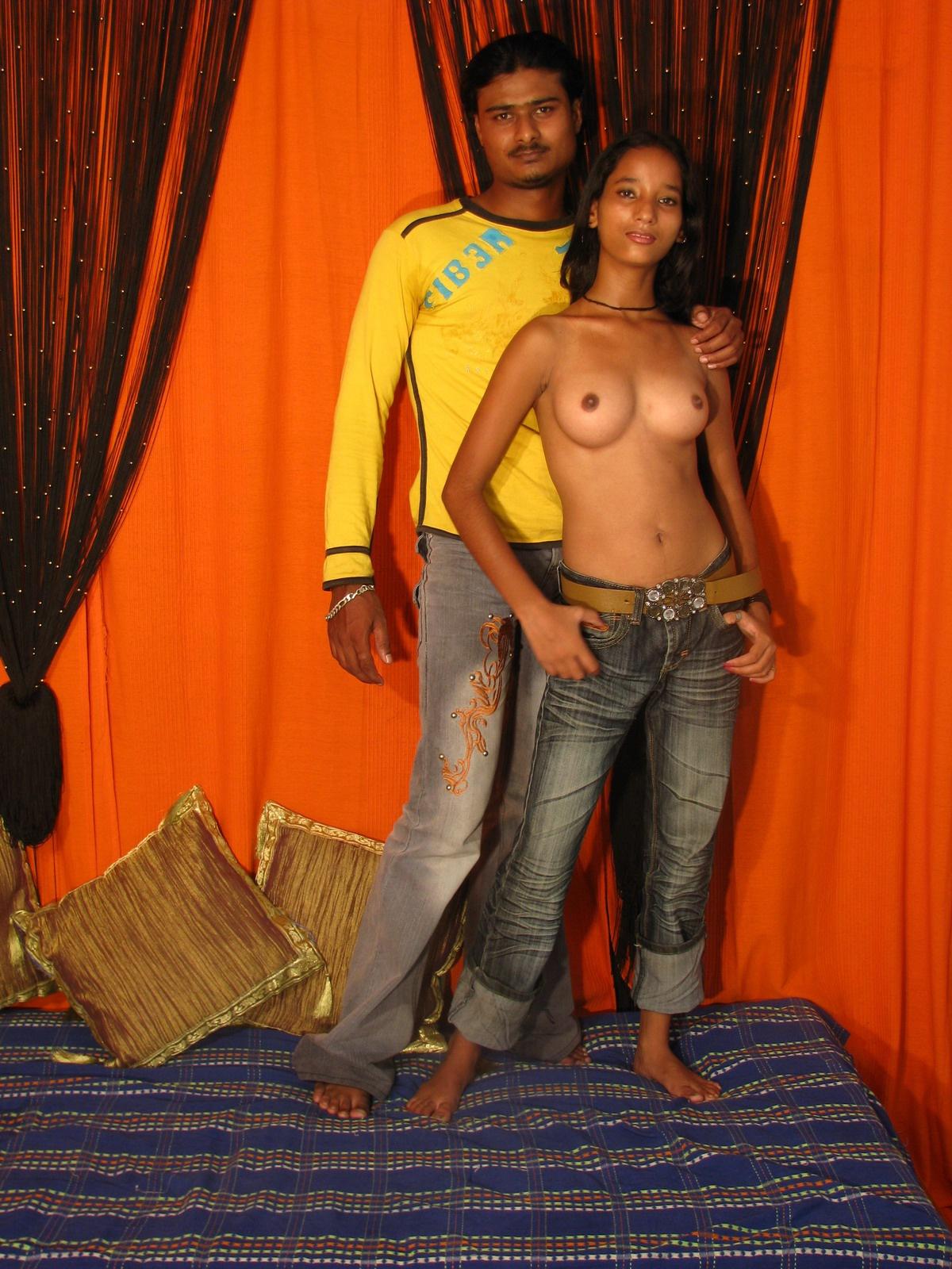 Эротически фото индийски девушек 14 фотография