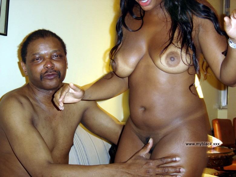 Ebony amateur porno