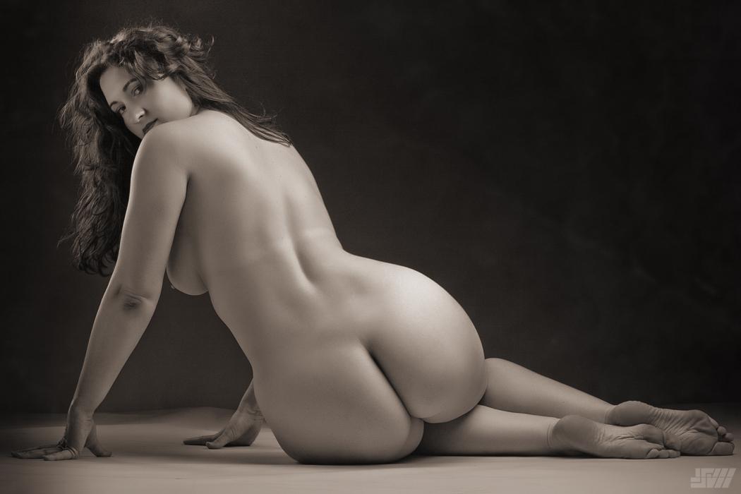 Nude Women Ass Mariah