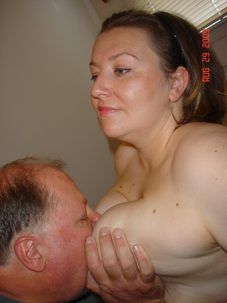 boy licking her pussy