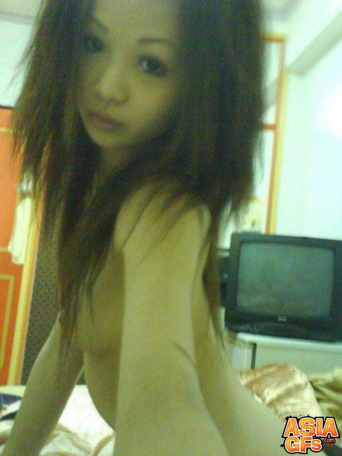 sexy naked faking maldives girl photo