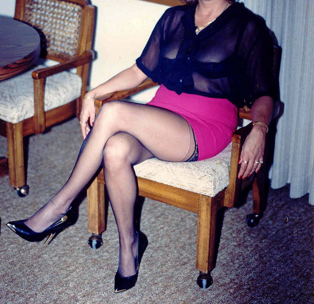sexy mature stocking pics sexy black woman mature legs long stockings reveals portfolio
