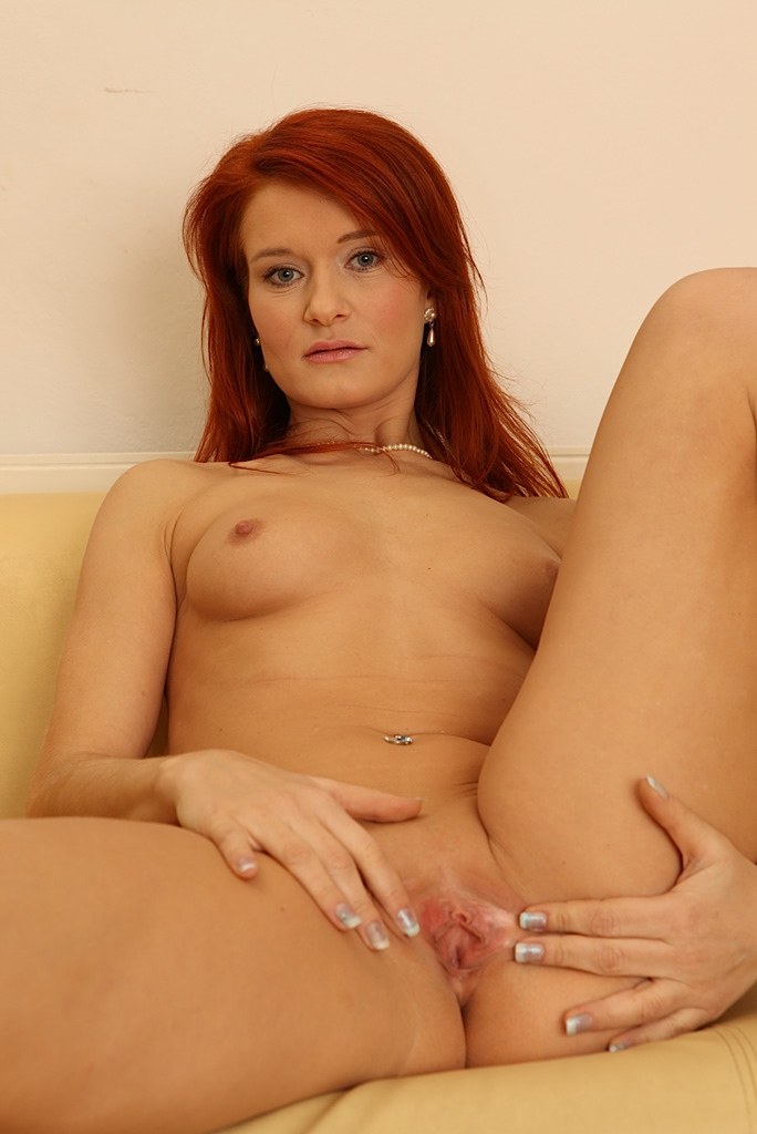 red head slut porn pic