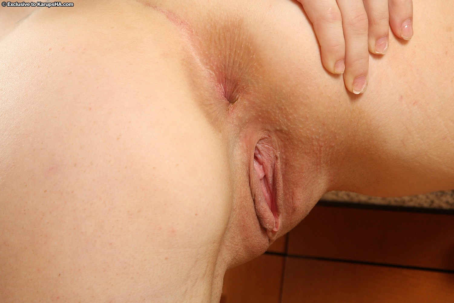 Close blonde shaved up pussy