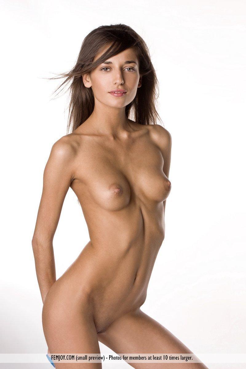 naked skinny women