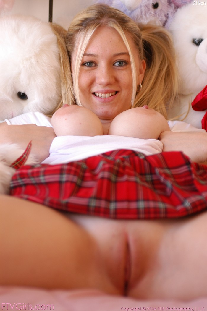 nude pics and clips of tiffany taylor