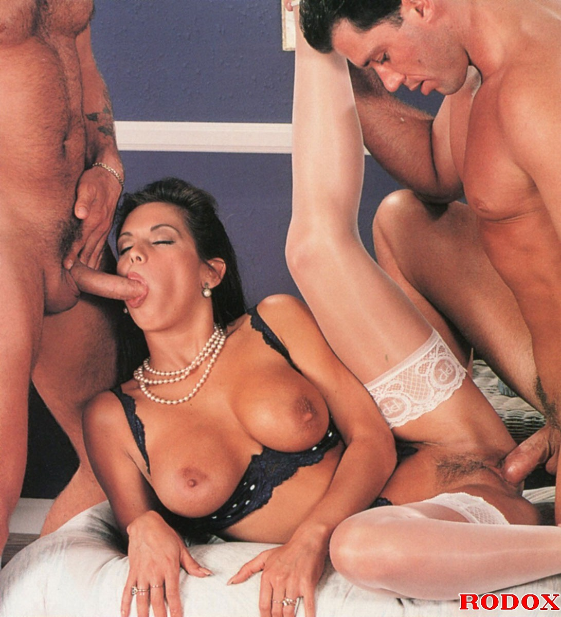 young chicanas xxx pics