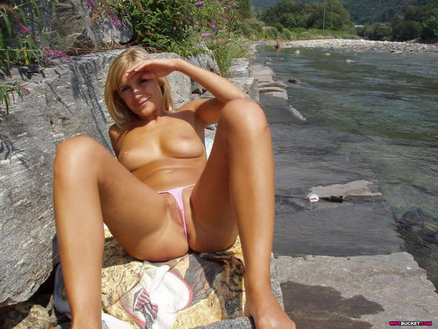 amateur topless beach photos pussy bikini wife beach topless bottoms wifes ride