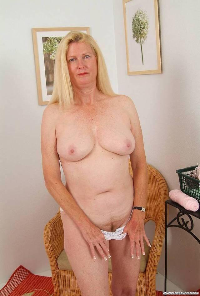 Amateur Nude Free