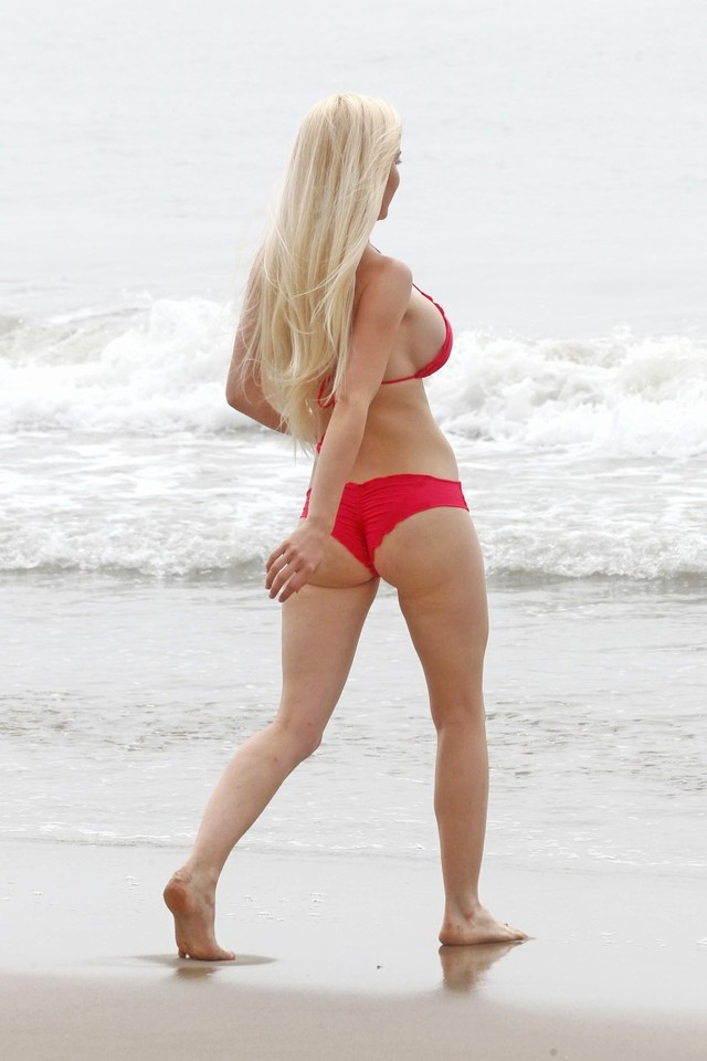 ass photos sexy gallery ass sexy bikini santa monica beach heidi montag