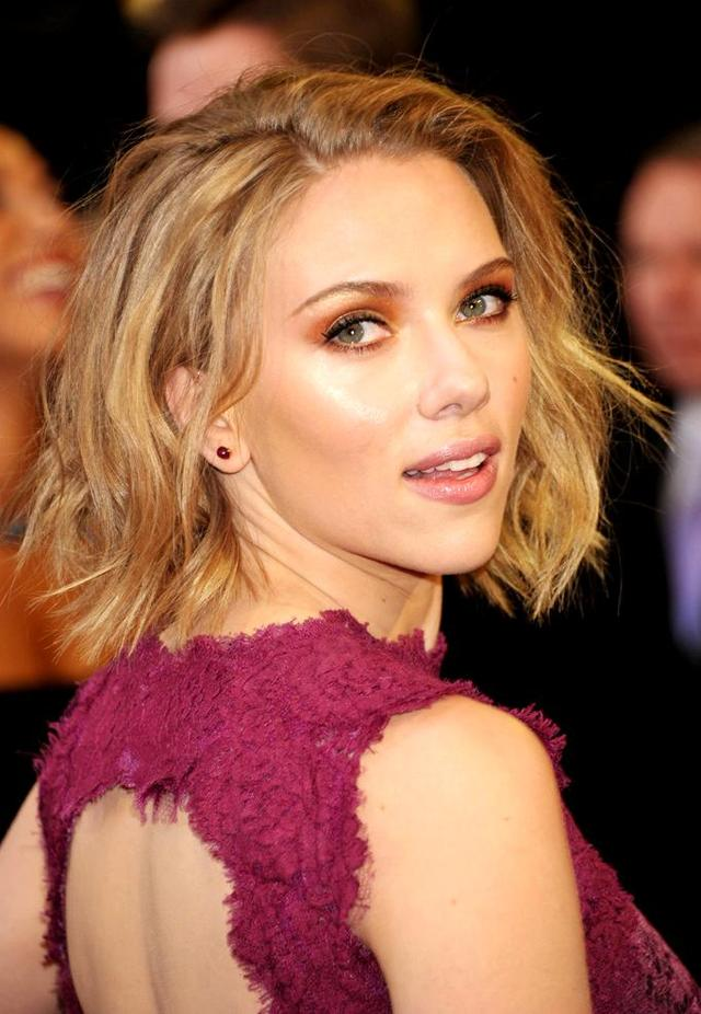 bare breasts pics pic scarlett johansson breasts bare goog