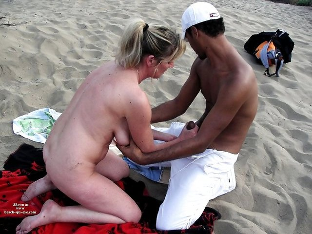 beach sex pics naked having fun beach streap