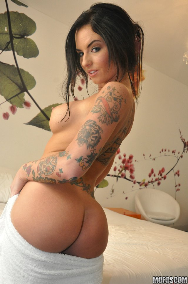 big ass nude pics nude christy mack