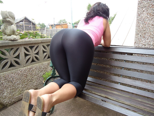 big big nice ass porn girl amateur pictures ass booty lycra leggings spandex shi