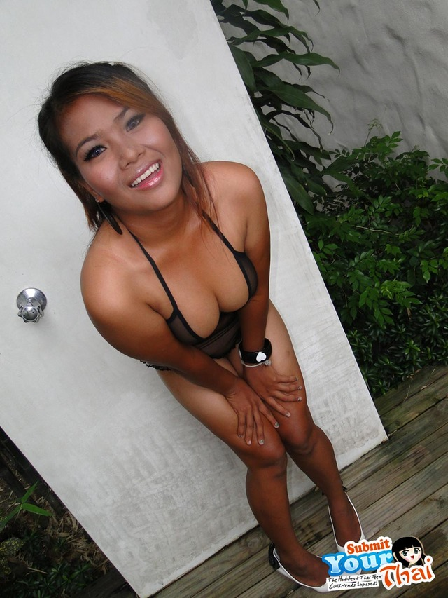 big boobies gallery showing asian thai girlfriend boobs boobies