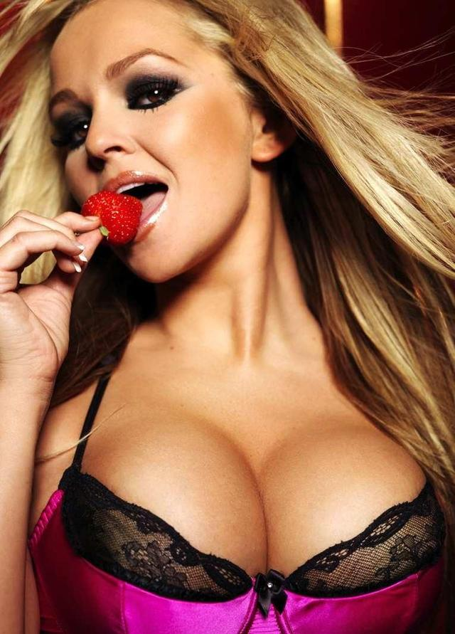 big boobs pics pics photos gallery hot boobs jennifer ellison olajordan